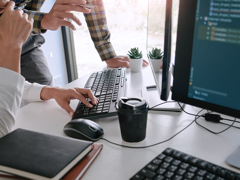 BenchmarkIT - Designing and Development